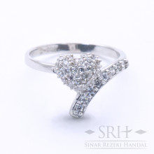 CC00186 Heart Ring
