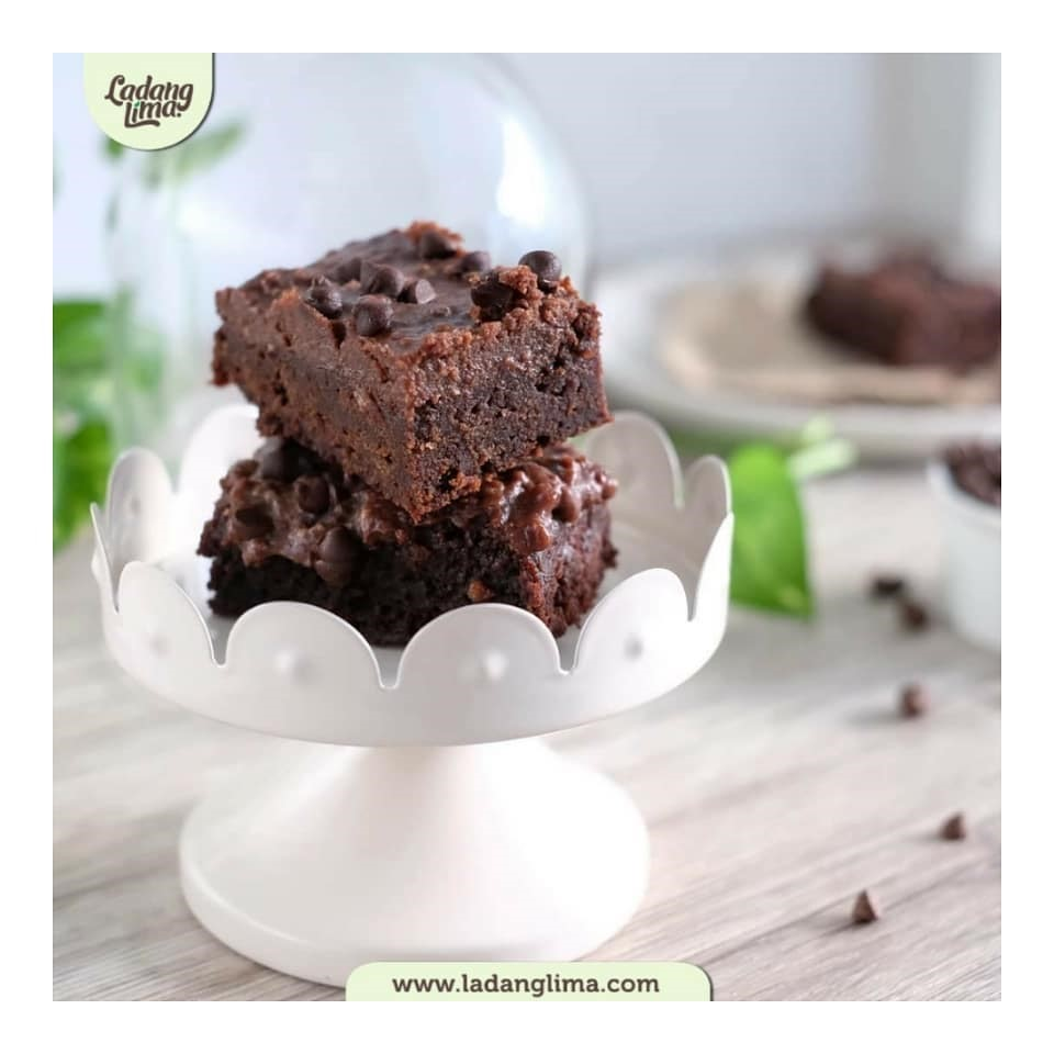 Eggless Chocolate Cake image
