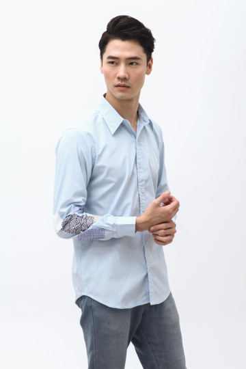 Daika Patches Shirt in Soft Blue