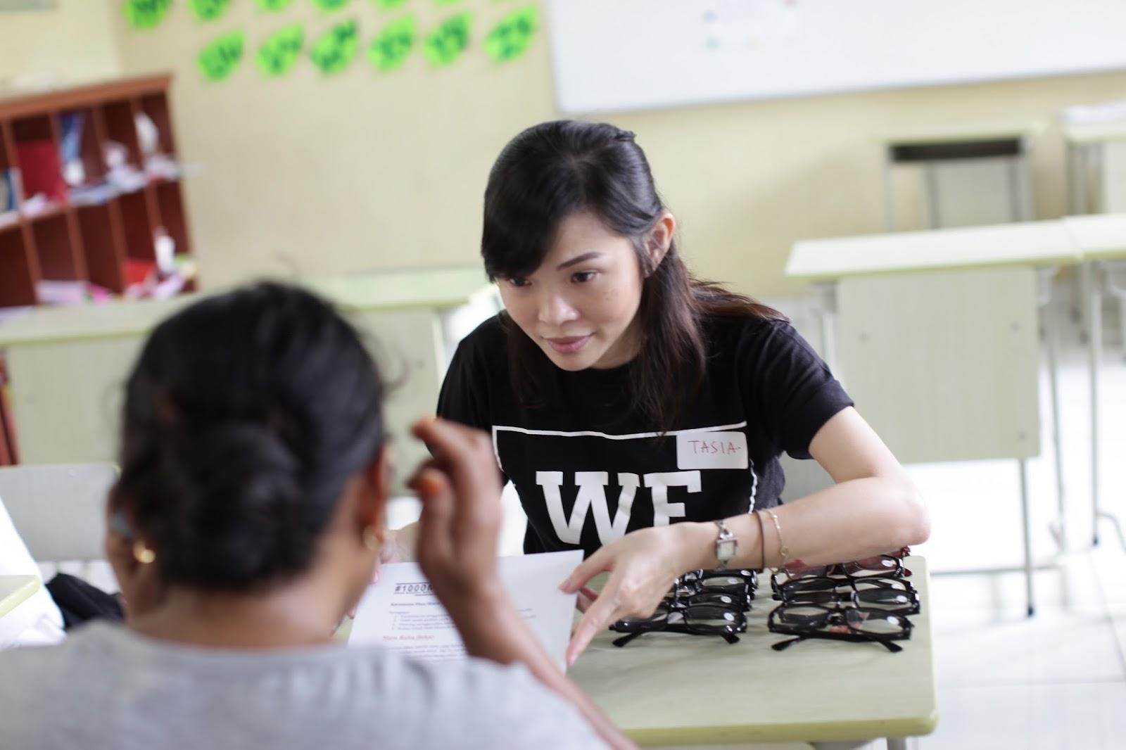 Bakti Sosial X - Sejuta Kacamata untuk Indonesia - Vihara Punna Karya image