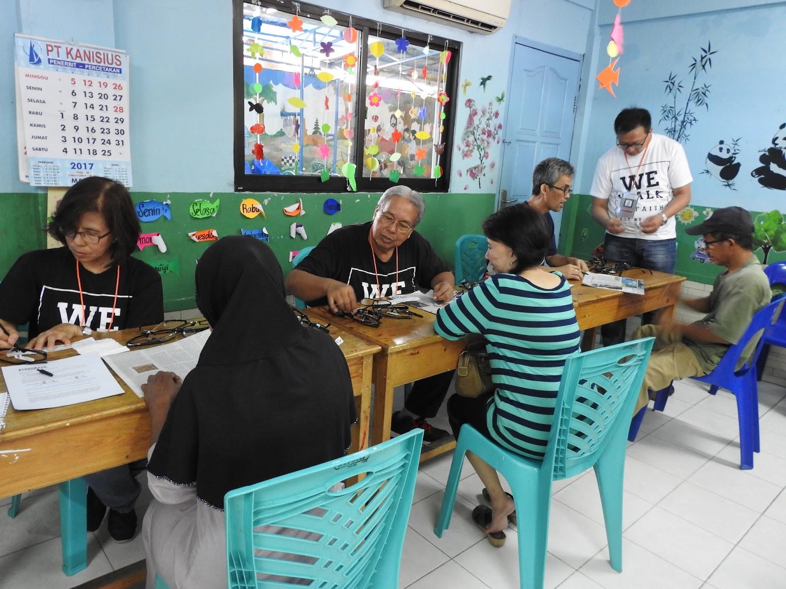 Bakti Sosial XI - 1000 Mata Anak Bangsa Melihat Terang - Teluk Gong, Jakarta Barat image