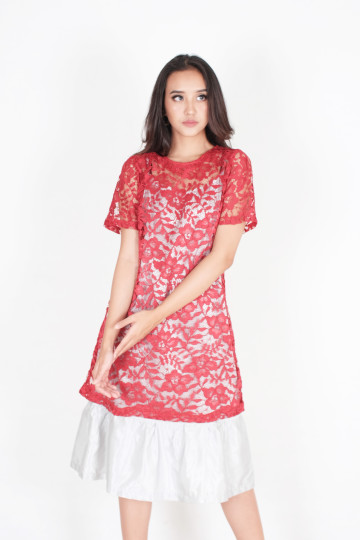 Happy Two Piece Lace Dress in Maroon