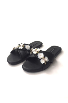 Busy Bee Sandals - Black