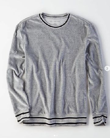 1d0deaef3d1 AMERICAN EAGLE VELOUR PULLOVER SWEATSHIRT image