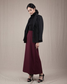 BASIC LONG SKIRT MAROON
