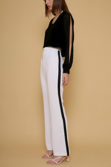 Chari Pants in White image