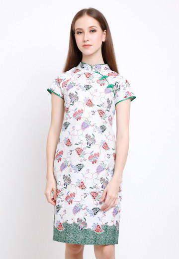 Asoka Dress in Green image