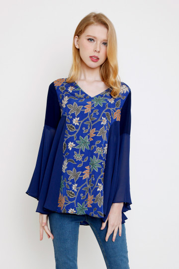 Desya Top in Navy image