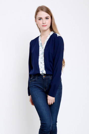 Kerry Top in Navy image