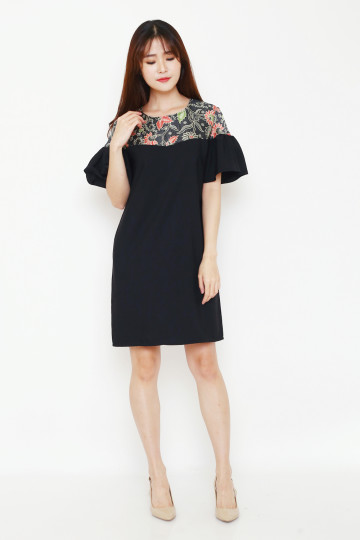Tracy Dress in Black image