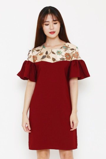 Tracy Dress in Maroon image