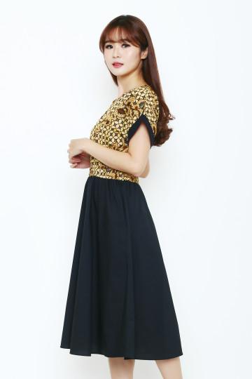 Winda Dress image