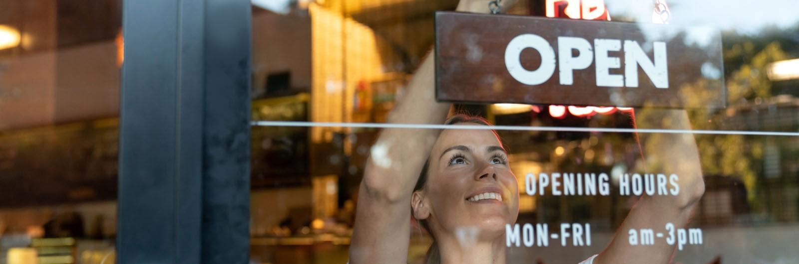 Solusi Mudah Memulai Bisnis Klinik Kecantikan yang Menjanjikan image