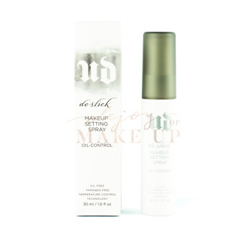 URBAN DECAY DE-SLICK OIL-CONTROL MAKEUP SETTING SPRAY image