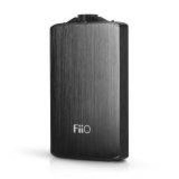 FiiO A3 Portable Headphone Amplifier - Hitam image
