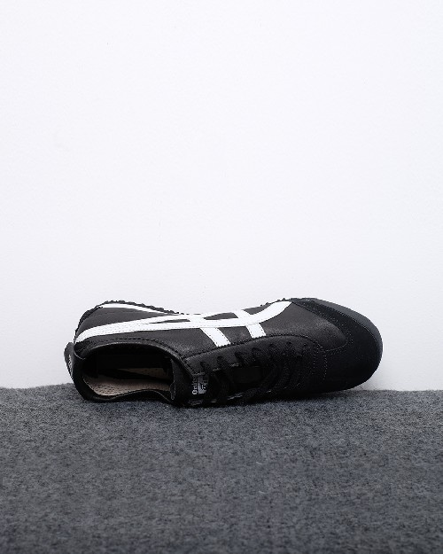 buy popular 578e0 cd446 Onitsuka Tiger Mexico 66 - Hitam Putih 13258