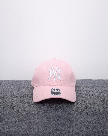 New Era 47 New York Yankees Metal Logo - Pink Silver - 61559