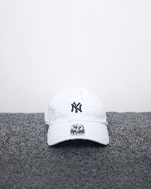 //files.sirclocdn.xyz/doyanpepaya/products/_190220154010_61565%20-%20IDR%20195.000%20-%20%20New%20york%20yankees%2047%20clean%20up%20-%20putih%20hitam_tn.jpg