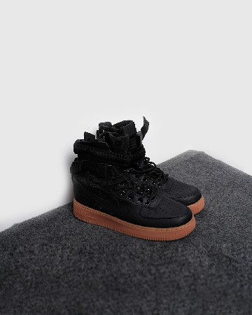 nike special field air force 1 - black gum - 13351