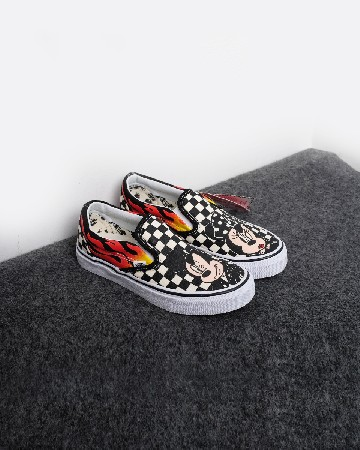 Vans Mickey Mouse & Minnie Mouse X Vans Toddler Classic Slip-On - hitam-putih 13282