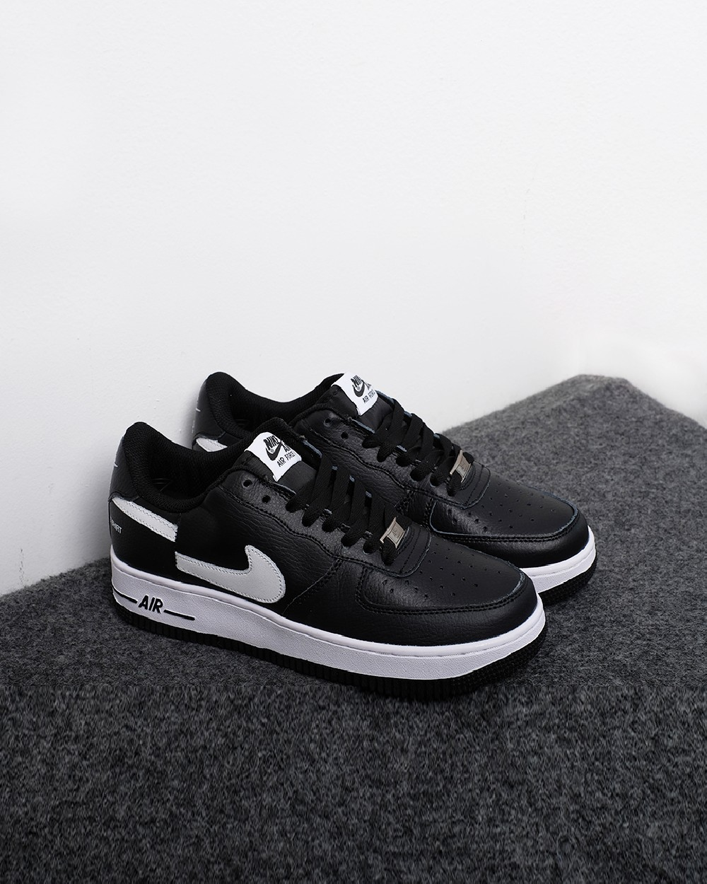 size 40 1367f 0442f Air Force 1 Low Supreme x Comme des Garcons (2018) - Black ...