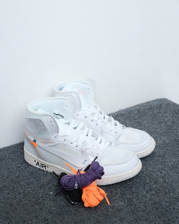 Off-White x Air Jordan 1 - white - 13107