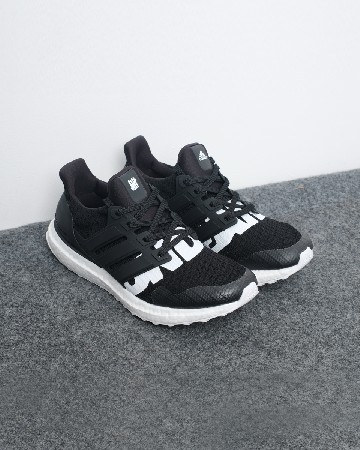 UNDEFEATED X Ads Ultra Boost - Black White - 13111