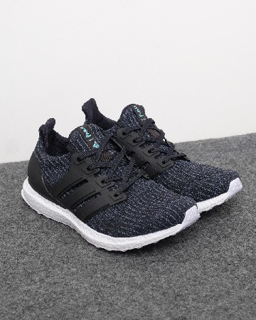 Ads Ultra Boost Parley - navy putih 13185