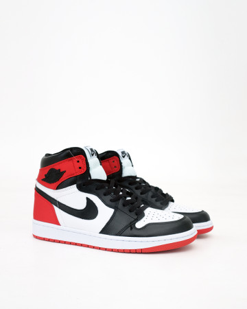 AIR JORDAN 1 RETRO HIGH OG - SATIN BLACK TOE - 13571
