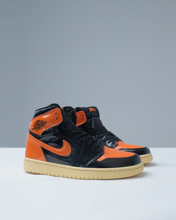 AIR JORDAN 1 SHATTERED BACKBOARD 3.0 - ORANGE BLACK - 13572