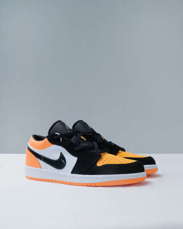 JORDAN 1 LOW SHATTERED BACKBOARD - BLACK WHITE STARFISH 13613