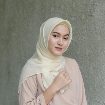 CS hijab ivory image