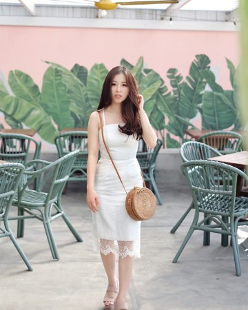 PLUME DRESS - WHITE image