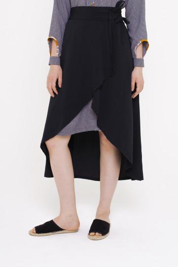 Leya Black Skirt image
