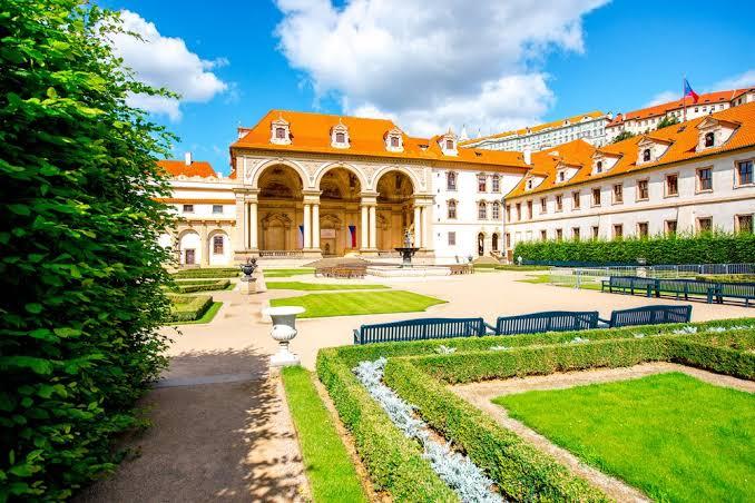 Istana Wallenstein
