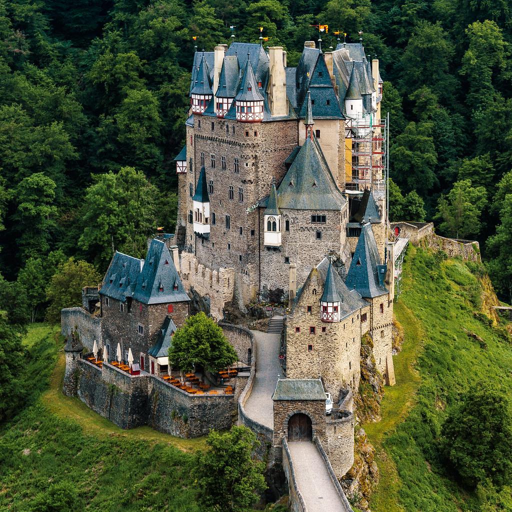 Kastil Eltz