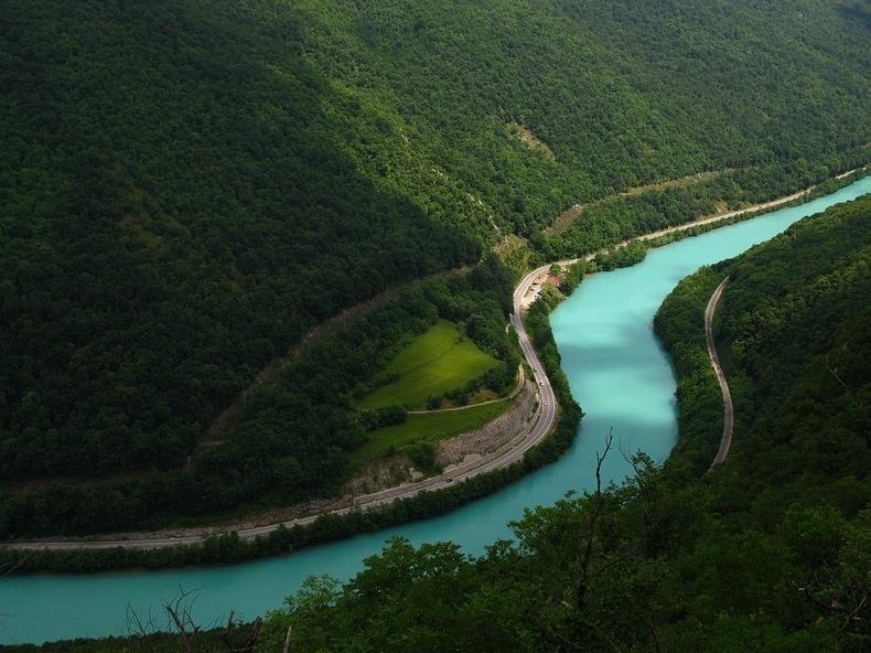 Sungai Soca di Lembah Soca