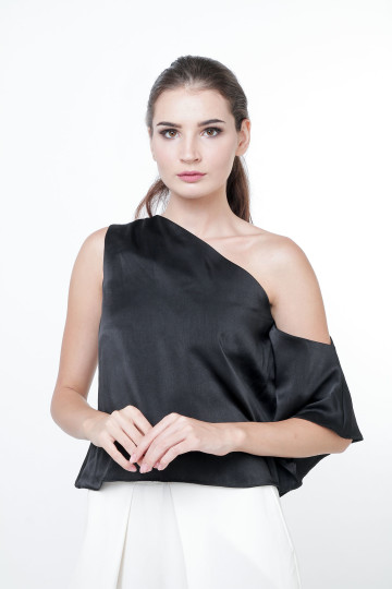 Leia Satin One-shoulder Top Black