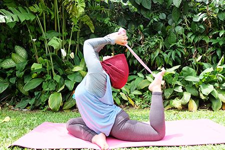 Definisi Vinyasa Yoga serta Manfaat Gerakannya