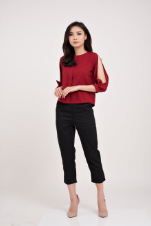 Lucy Handbow Top - Maroon