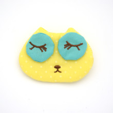 Winky Eyes Pin