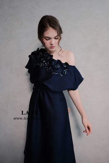 LA FE SWING DRESS - NAVY image