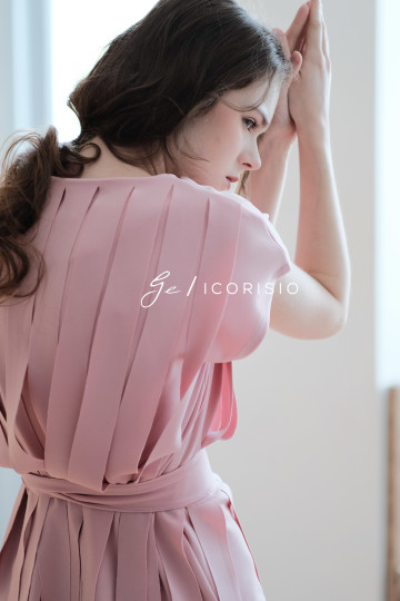 LIT TOP - BABY PINK image