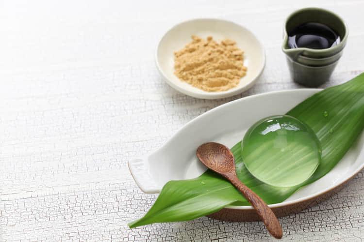 Mencicipi Segarnya Mizu Shingen Mochi yang Sebening Kristal image