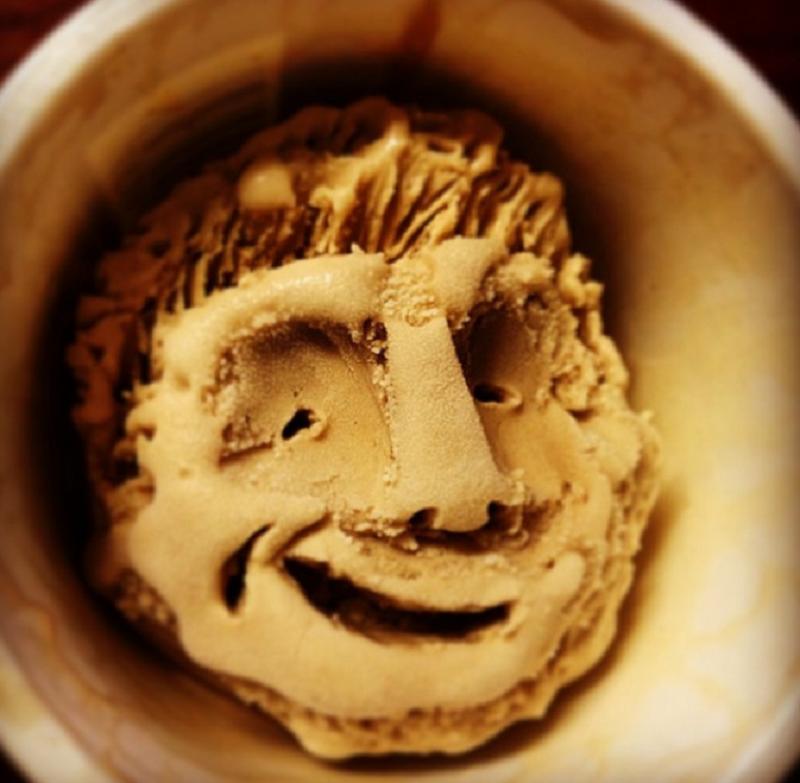 Es Krim Wajah? Dingin Dingin Membuat Senyum