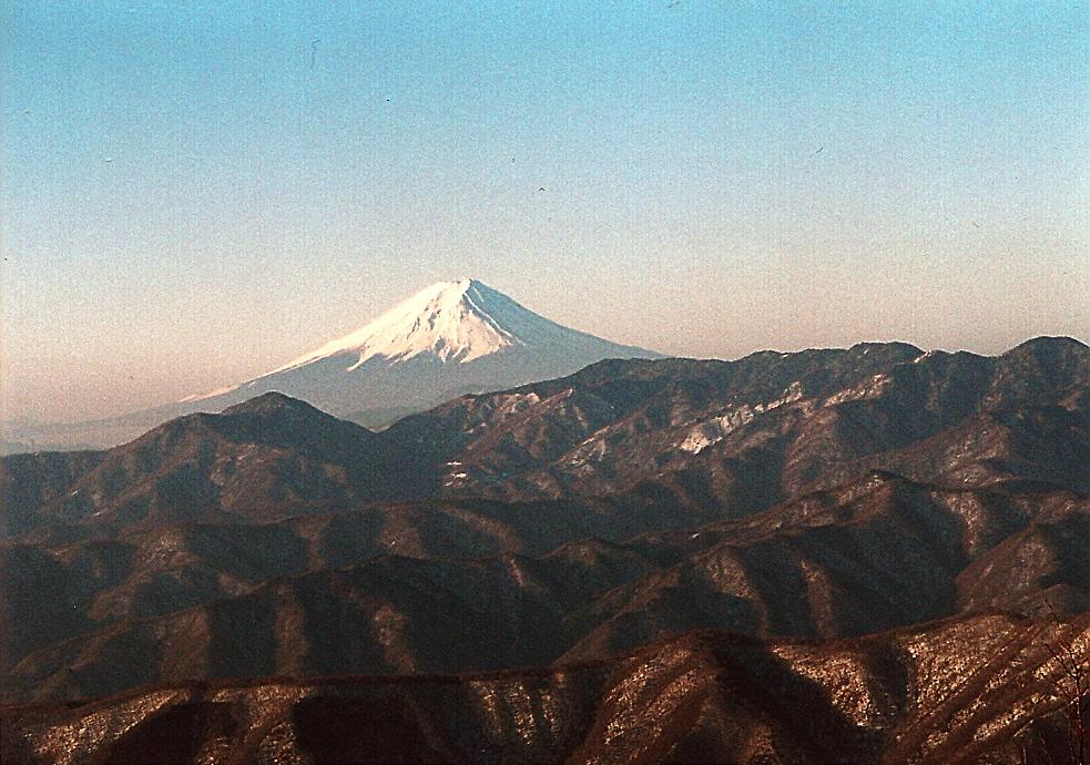 Hits dan Harus Dicoba! 5 Pendakian Wisata Alam di Tokyo
