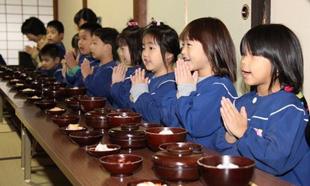 Tatacara Makan di Jepang Yang Harus Kamu Tahu