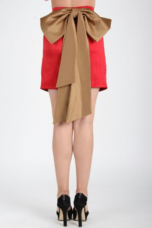 Rouge Bow Skirt