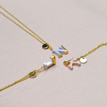 Classic Alpha Necklaces Pink