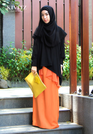 AZMI SKIRT (orange) image